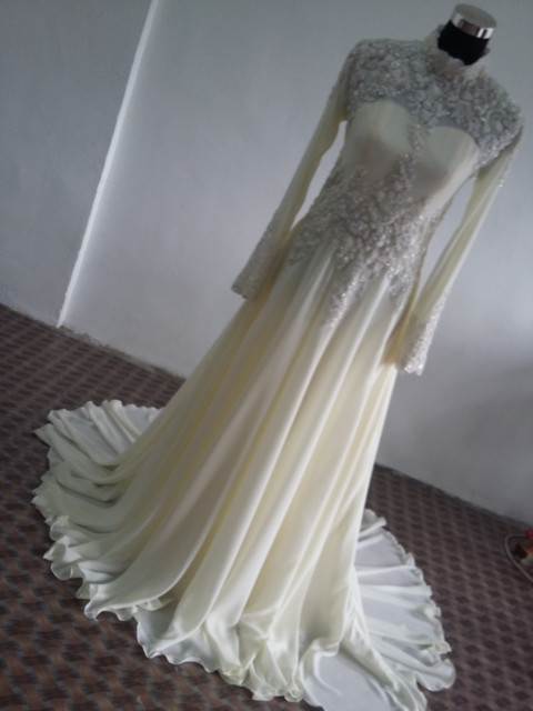 Photo 1 of  TP-267001 Baju pengantin.n full lining n lace..veil n shawl..